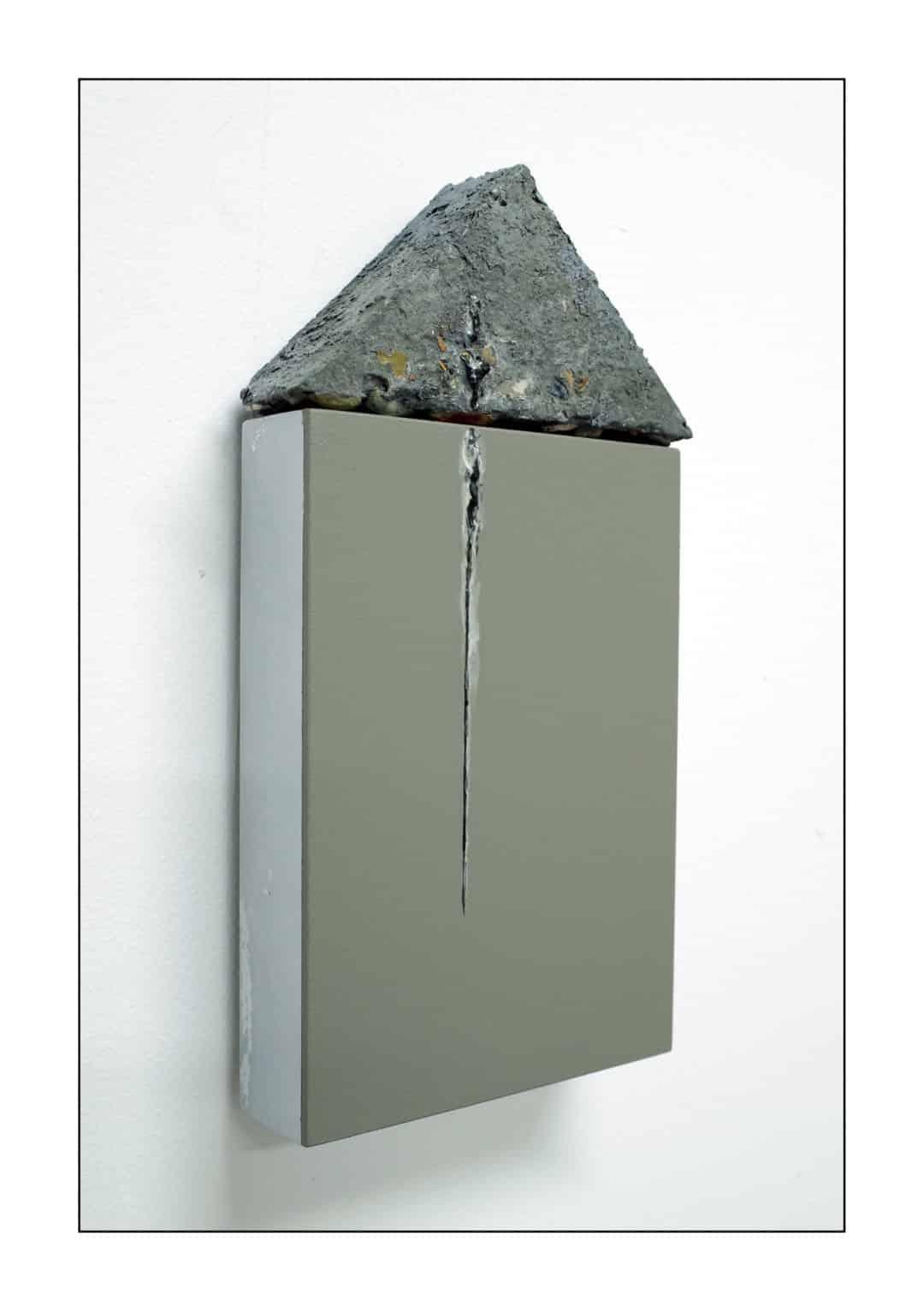 PORTICO (The Grey Brown Natural Umber. Aesthetic, Balanced, Elegant).